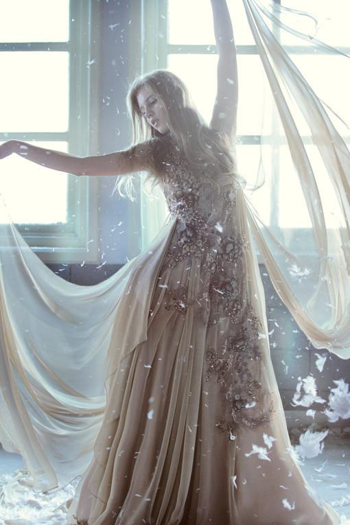 fashion wedding gown