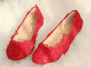 Red embroidery wedding shoe