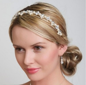 Crystals and pearls hair band