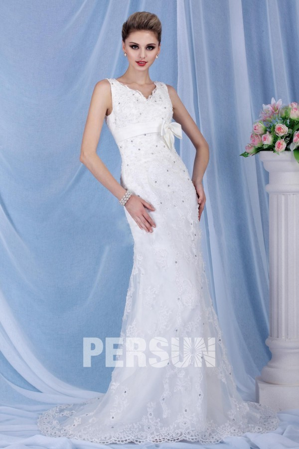 modern V neck Wedding Dress UK