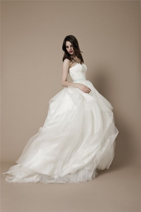 affordable princess Wedding Dresses