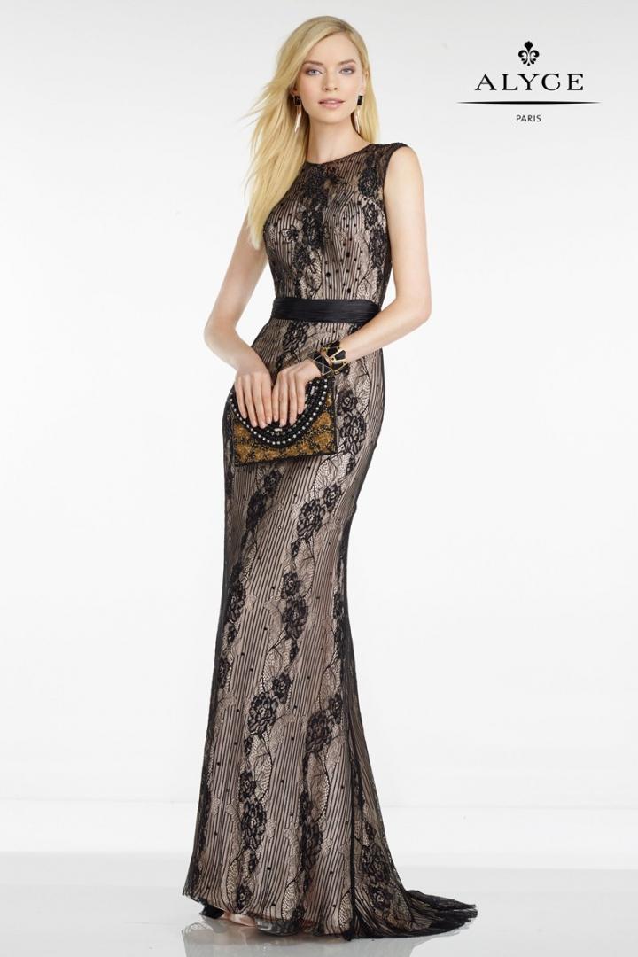 elegante-vestido-de-encaje-en-transparencia-con-cintura-enta-97329