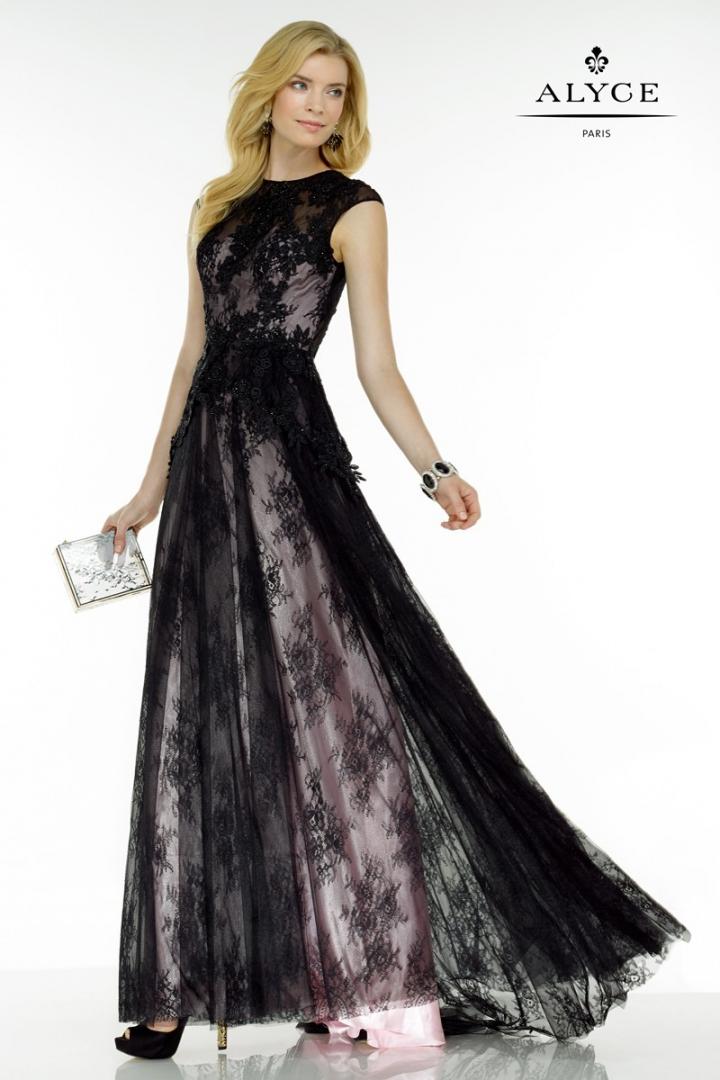 vestido-de-encaje-en-color-negro-con-forro-en-rosado-para-cr-97332