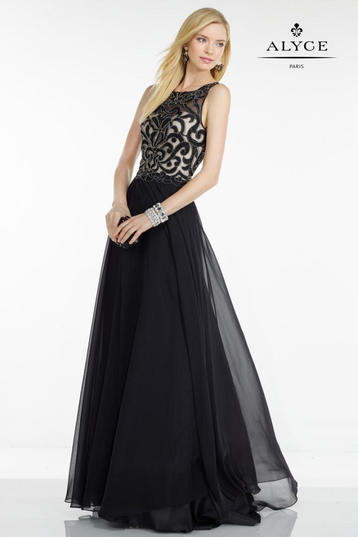 vestido-de-fiesta-con-elaborado-cuerpo-y-falda-ligeramente-a-97330
