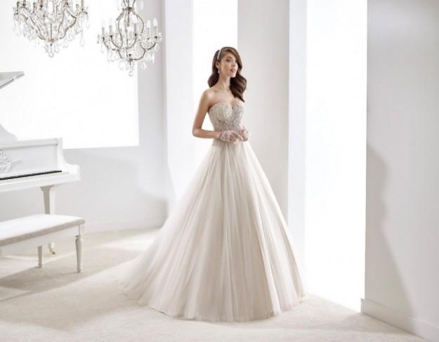 vestido-de-novia-coleccion-jolies-en-gris