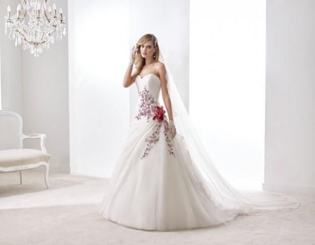 vestido-de-novia-con-detalles-de-flores
